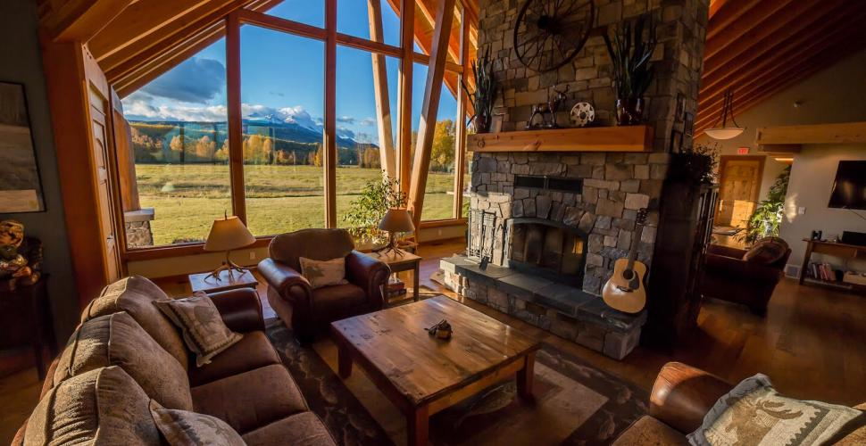 British Columbia accommodation, COVID safe vacation, Luxury family vacation, All-inclusive, Canadian glamping